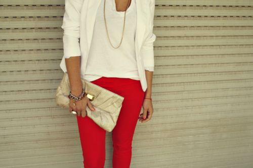 red jeans + white blazer & slouchy white tea: Outfits, Colors Pants, Red Skinny, White Blazers, Colors Jeans, Red Jeans, Hot Pants, Redpant, Red Pants