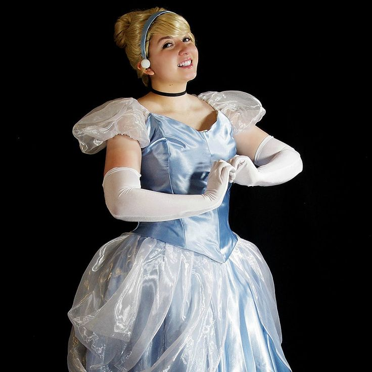 This Transforming Cinderella Costume Is Pure Halloween Magic
