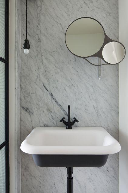 17 meilleures id es propos de lavabo ancien sur pinterest ancien vier vanit ancienne et for Fabrique meuble a lavabo