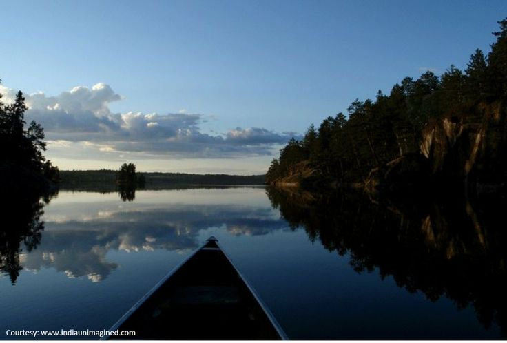 Serene environs of Usloor Lake  are sure to inspire magnificent poetry.
