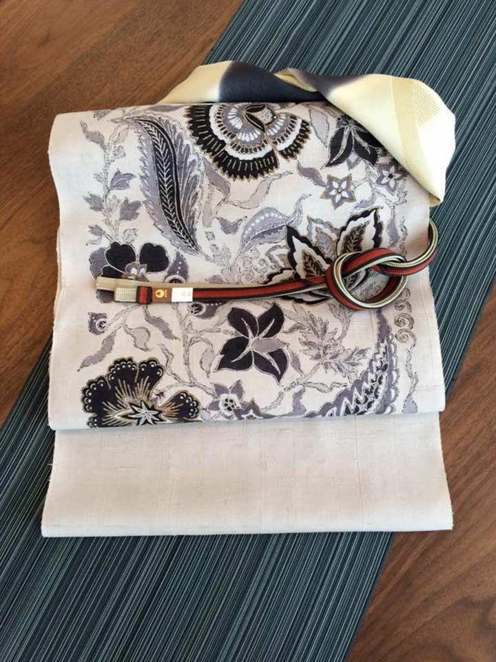 シック×シックなら帯締め・帯揚げでパンチを効かせて | http://store.eizi.jp/clumn/2388 #着物コーディネート #kimono