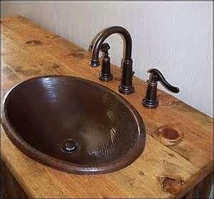 Bathroom Vanity: Rustic Bathroom