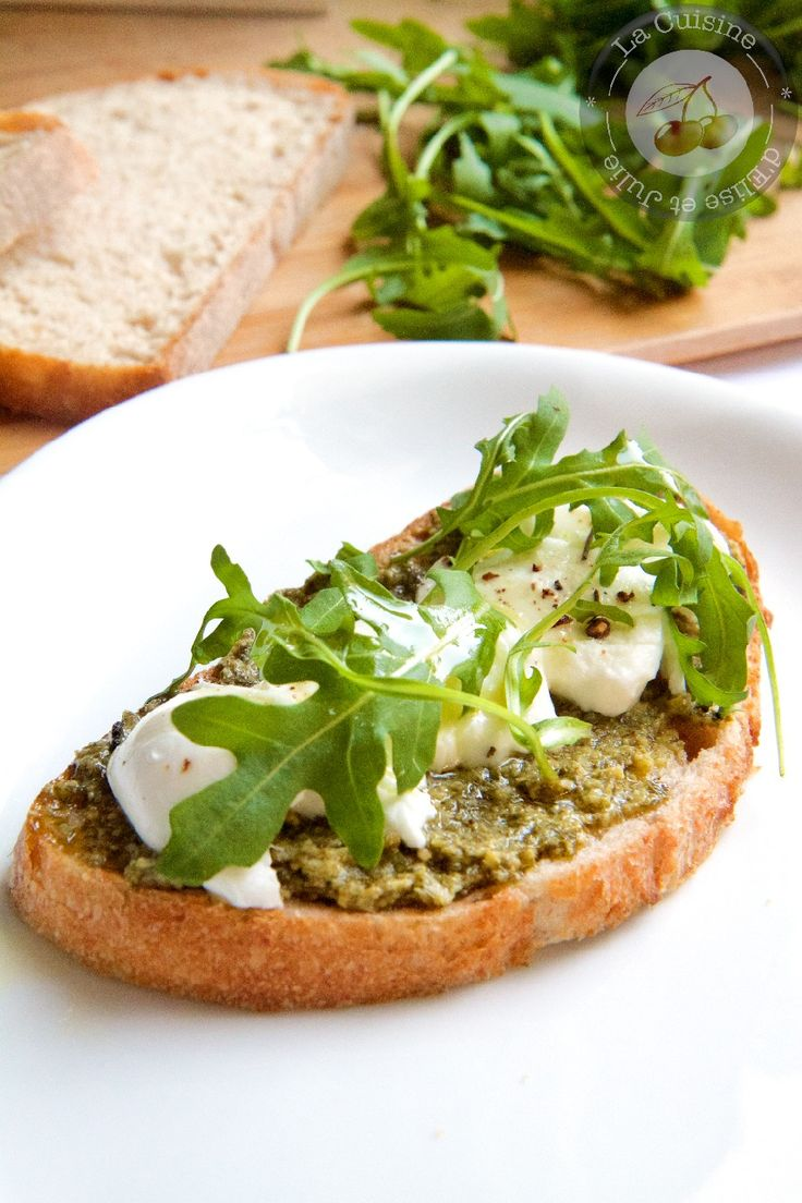 Bruschetta pesto basilic, mozzarella et roquette :: La cuisine d'Elise et Julie