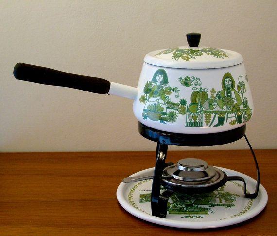 Enamel fondue set