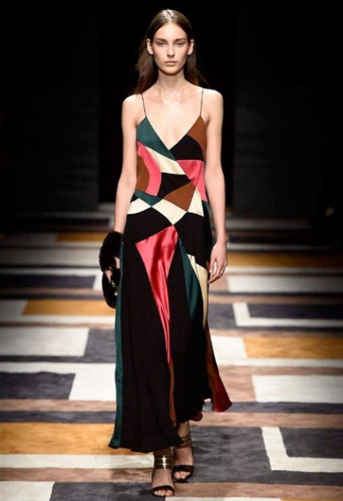 Nuovo articolo Salvatore Ferragamo MFW2015 #salvatoreferragamo #moda #fashion #mavieestma #guidagalatticaperfashionisti #mfw   http://www.mavieestma.com/articolo-129-fashion-news-barra-salvatore-ferragamo-collection-2015-16-mfw.html