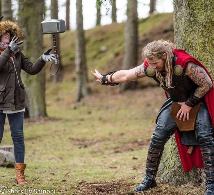 Who needs special effects when we can use the power of our minds... such a hoot directing our little Thor shoot at the weekend :-) fabulous behind the scenes photo by @shotsbyshinobi! Thank you to @godofthunderuk for doing as I demanded! No matter how bizarre! He rocked it. More to film but Part I done! Thank you to everyone who came to be involved! #thor #thorcosplay #thorragnarok #godofthunder #lordofthunder #marvel #marvelcosplay #ladysif #ladysifcosplay #loki #lokicosplay #film…