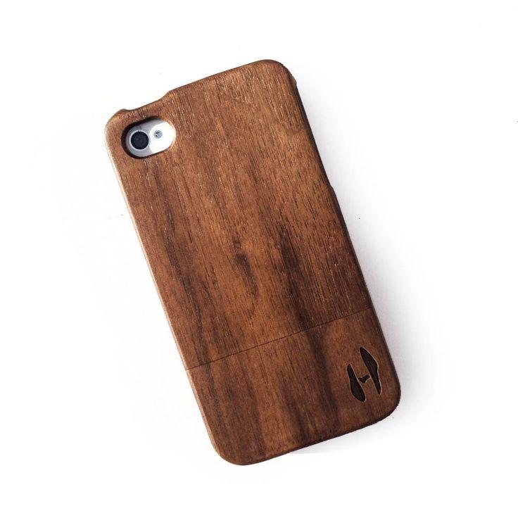 Houten hoesje, iPhone 4 / 4S - donker notenhout door HoentjenCreatie op Etsy