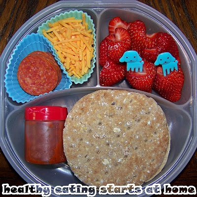 DIY Lunchable Pepperoni Pizza Lunch