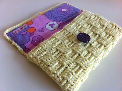 Crocheted clutch with lining (Tutorial)