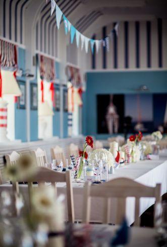 Marine Wedding table decorations. www.maniaevent.pl