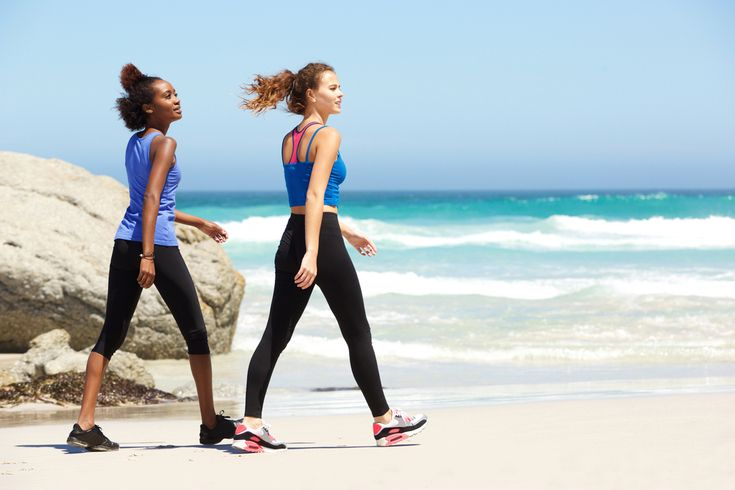 Além de ser um exercício de baixo impacto que você pode fazer em qualquer lugar, a caminhada pode ser um ótimo (se não o melhor) jeito de perder peso