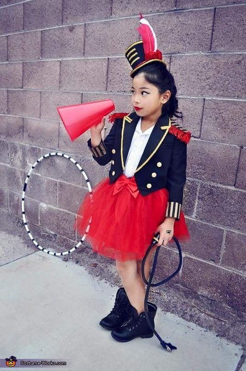 Andrew: My 8yr old daughter Alee, is a Circus Ringmaster Lion Tamer and her 2yr old brother is a Lion. The Ringmaster was picked from several outfits and matched to together...