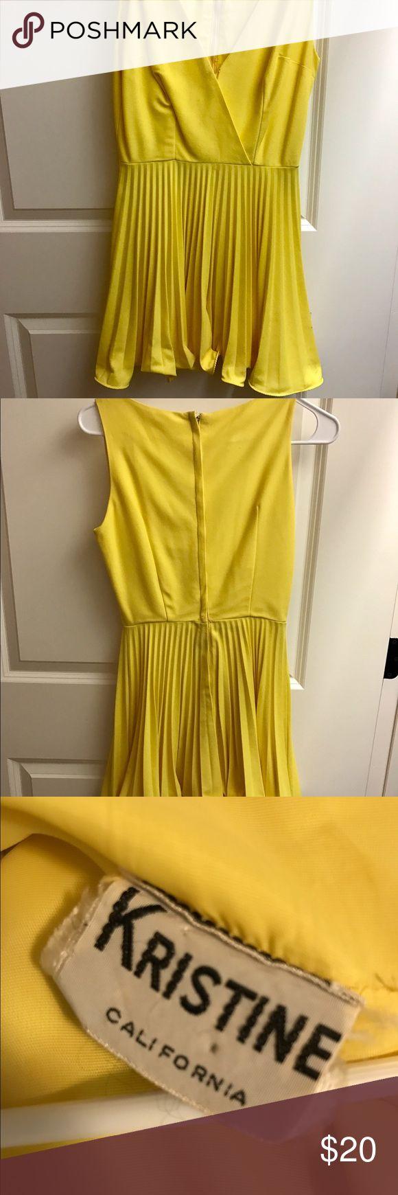 Elegant Weekend Sale Vintage Yellow Dress Brand Kristine Size Small
