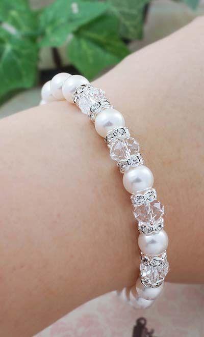 Pulsera de perlas con cristal transparente