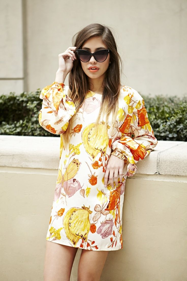 10 FRESH WAYS TO WEAR FLORALS THIS SEASON