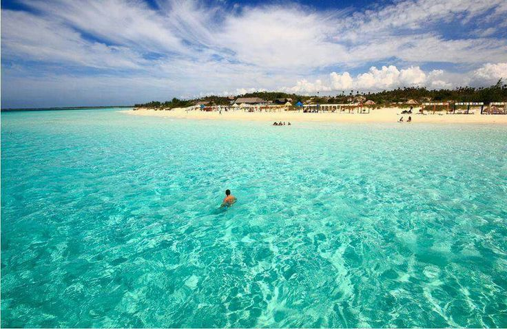 Clearest water in the world, Cayo Coco beach..