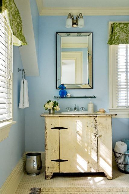 Love the color combination of blue and green!  Top 38 Astonishing DIY Vintage Decor Ideas To Get You Inspired