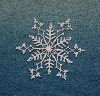 Free crocheted snowflake pattern