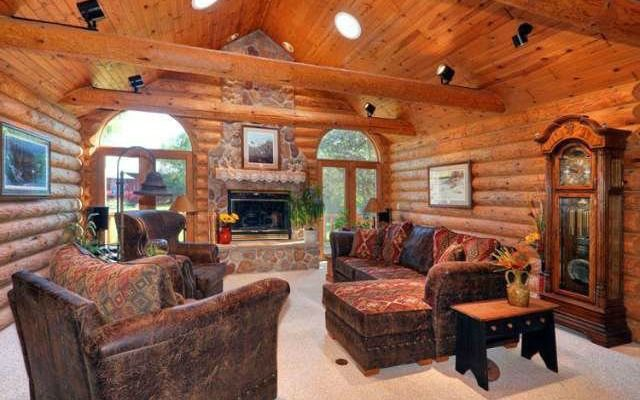 LOOK: J.J. Watt's cabin in the 'middle of nowhere' is insane