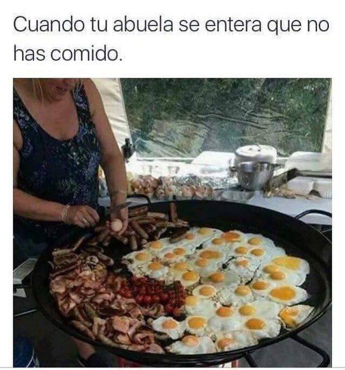 Abuelaaaa! Tengo hambre #memes #chistes #chistesmalos #imagenesgraciosas #humor http://www.megamemeces.com/memeces/imagenes-de-humor-vs-videos-divertidos