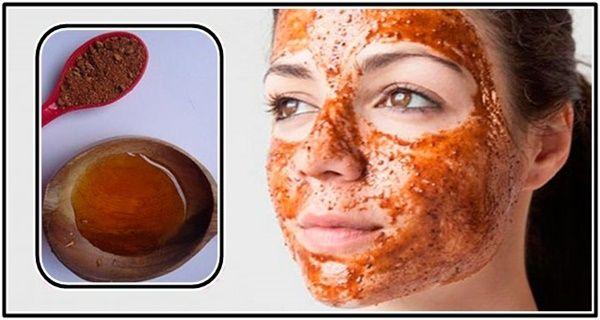 Ce masque vous aidera à supprimer naturellement les taches sombres, les cicatrices de l'acné et les rides ! Les résultats vous seront visibles après 2 jours d'utilisation !