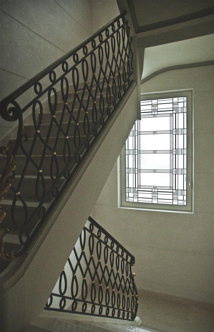 Fenêtre Art Deco. Escalier. Paris 2002. Honky Tonk Vitrail