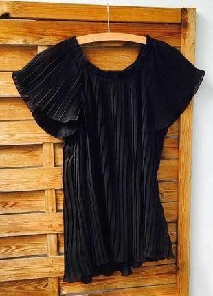 Kaufe meinen Artikel bei #Kleiderkreisel http://www.kleiderkreisel.de/damenmode/blusen/148876566-durchsichtige-bluse-schwarz-flatterlook-vero-moda