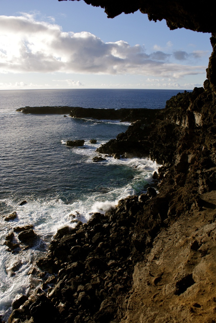 Chile - Isla de Pascua  By: Lisette Eppink