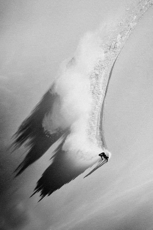 black and white stillness - powder on
