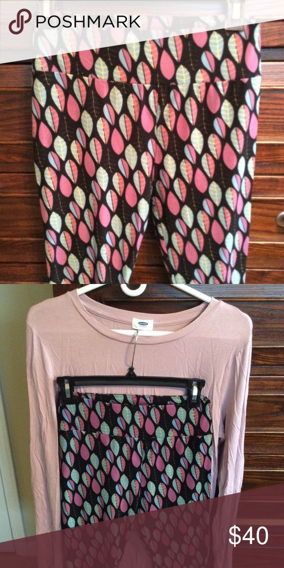 Lularoe OS leggings & Old Navy long sleeve top Unicorn OS Lularoe leggings and matching top from Old Navy.  The top is a large and has a good amount of stretch.  The top is long enough in the back to cover your assets!  Leggings and top are in like-new condition & has been worn once! LuLaRoe Pants Leggings