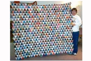 Save Those Little Scraps of Fabric to Make a Gorgeous Charm Quilt: Make a Charm Quilt from Scraps of Fabric