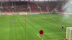 Totem News: Φιέστα Ολυμπιακού... Σκέτη κατάθλιψη σε άδειο γήπεδο !