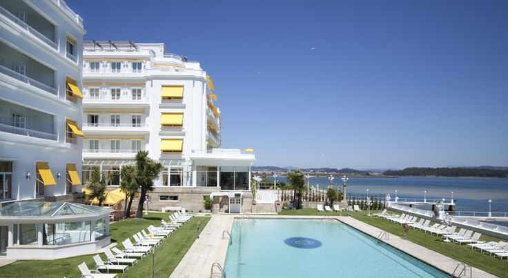 Eurostars Gran Hotel La Toja Isla de la Toja Gran Hotel La Toja is the only 5* spa hotel in Galicia. This historic hotel has a large garden, with an outdoor swimming pool and tennis courts and paddle courts.  The hotel has an ideal setting on Toja Island, a protected natural area.