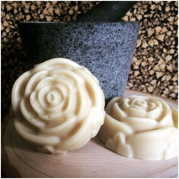 These aromatherapy lotion bars are hand made by me, from local beeswax in New Brunswick, Canada. They are lightly scented with essential oils, and I make sure all of my oils are cruelty free with no animal testing!  Lotion bars are a great way to moisturize your skin, especially after a relaxing bath.