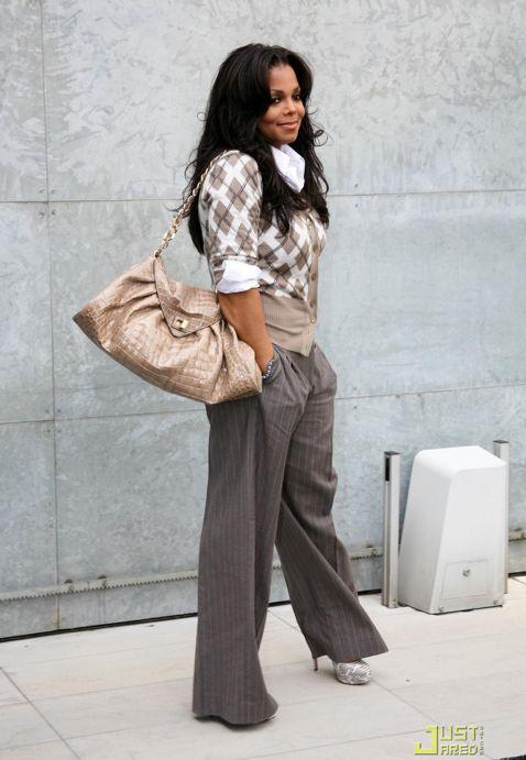 Janet Jackson style...Nice...Love it!