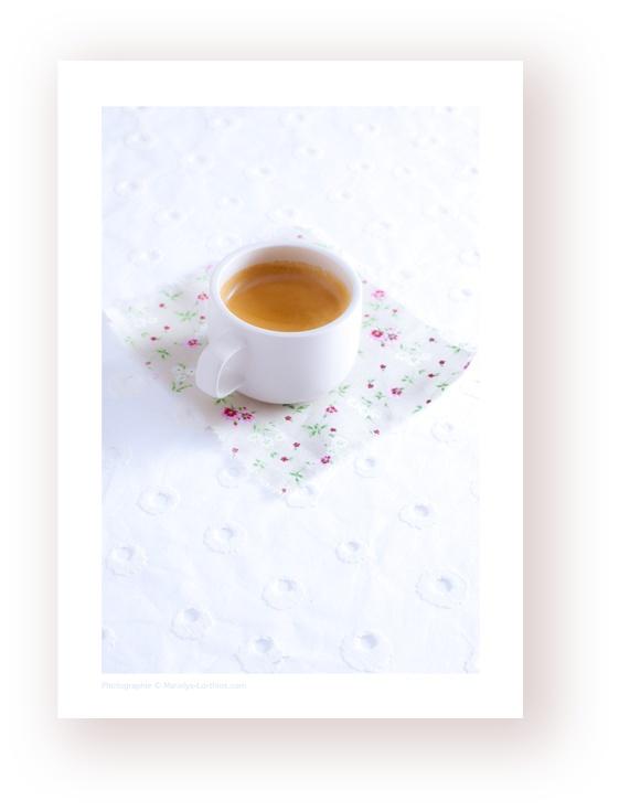 un #cafe #expresso, un dose trés #girly un esprits #liberty !  #photographe #culinaire N'hésitez pas à « pinner »