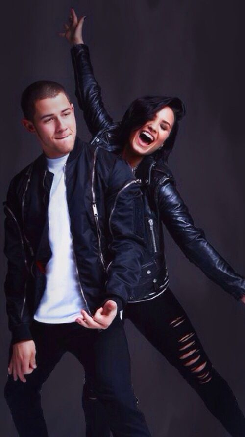Aww! I love this pic of them!