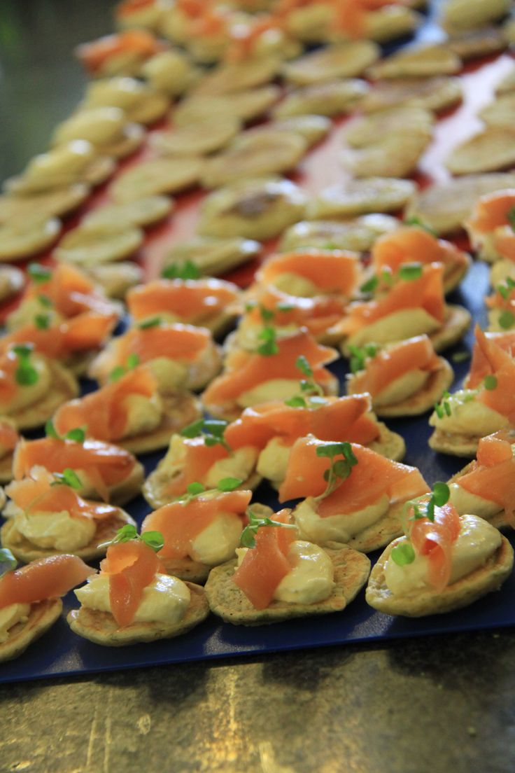 1000 ideas about blinis toppings on pinterest for Canape toppings ideas