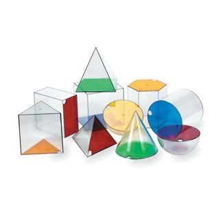 #Juego con solidos gigantes para rellenar con agua, arena o arroz y explorar formas, tamaños y las relaciones entre #area y #volumen. Las formas incluyen: #cono, #esfera, #hemisferio, #cubo, #cilindro, #prisma rectangular, prisma #hexagonal, prisma triangular, piramide cuadrada y piramide triangular. Incluyeguia del #profesor. #Matematicas #geometria #primaria #Colegio #Educacion