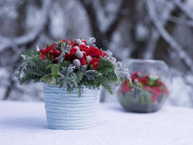 Идеи новогоднего декора: хвоя, шишки... и цветы - Ярмарка Мастеров - ручная работа, handmade