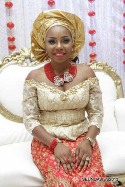 Nigerian wedding 30 gorgeous igbo traditional bridal for Traditional wedding dress styles