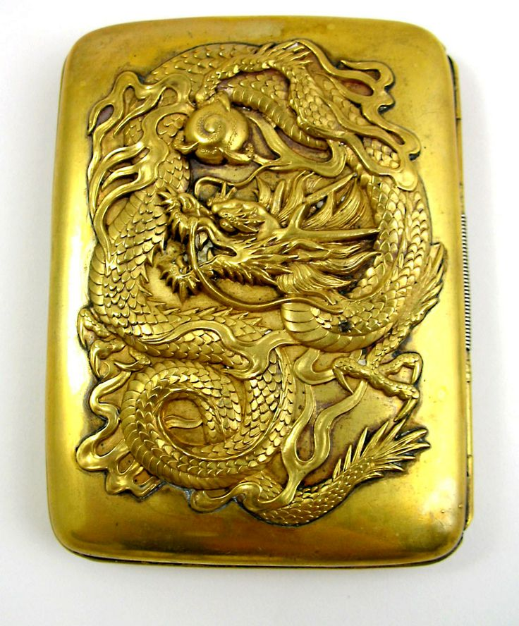 Google Image Result for http://verabattemarco.com/images/D/antique-japanese-cigarette-case.JPG