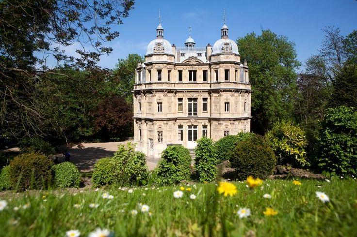 Alexandre Dumas: Chateau de Monte-Cristo,Paris