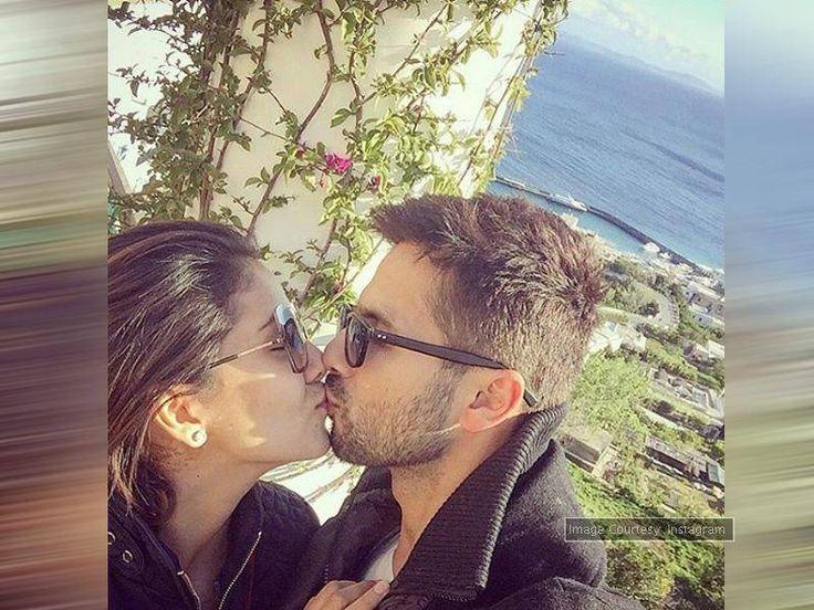 PIC: Shahid-Mira's adorable kiss selfie