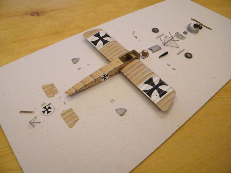 Paper model of Fokker EIII. in process of construction.