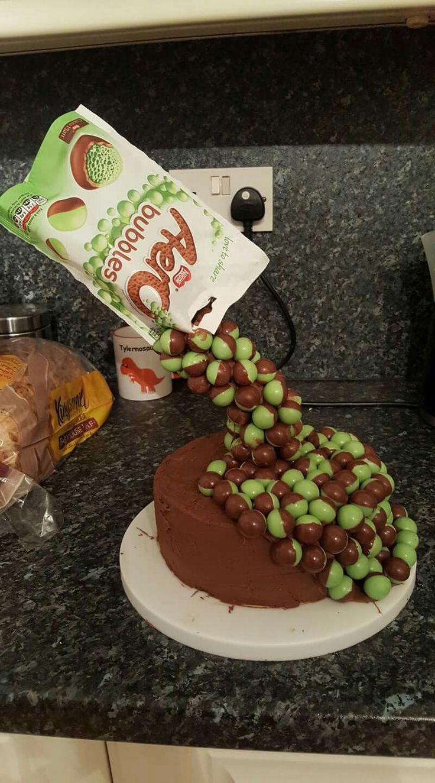 Gravity cake x