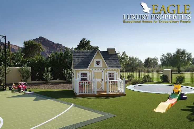Backyard of a custom home by Eagle Luxury Properties