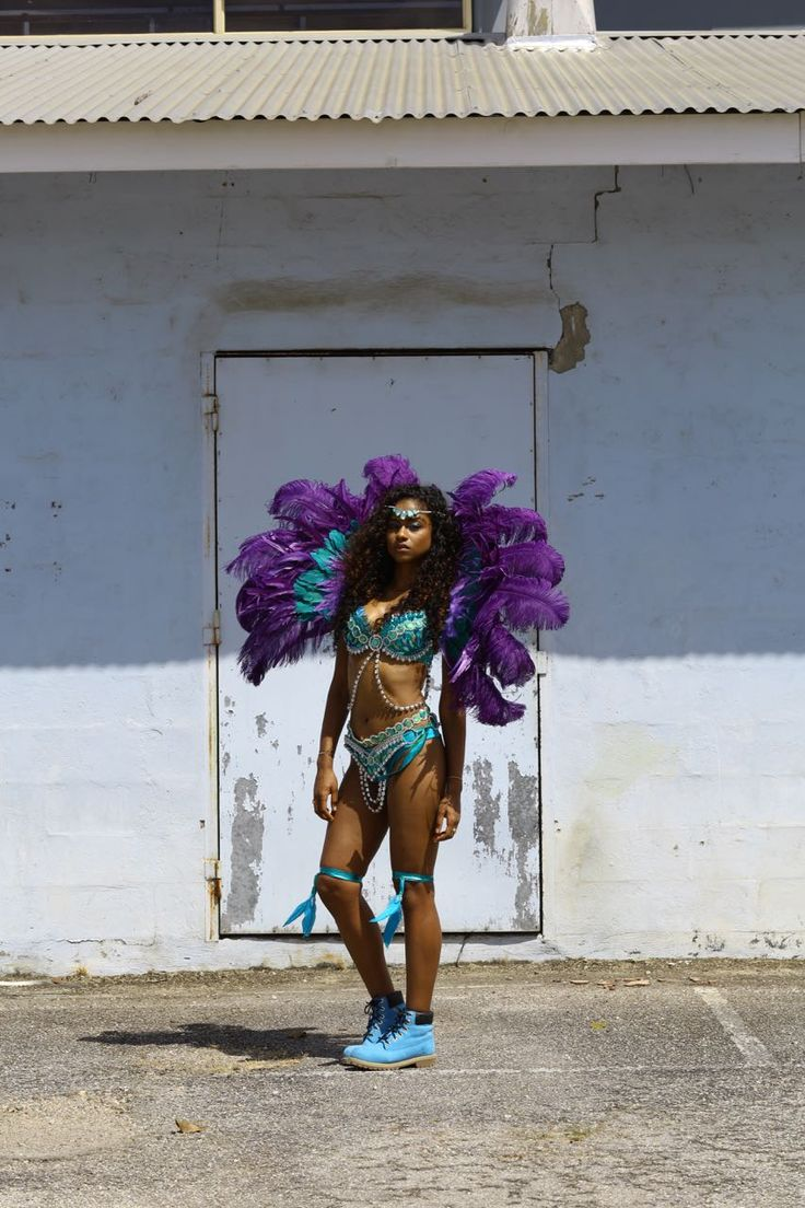 THIS TRINI-AMERICAN ATTENDS HER VERY FIRST TRINIDAD CARNIVAL
