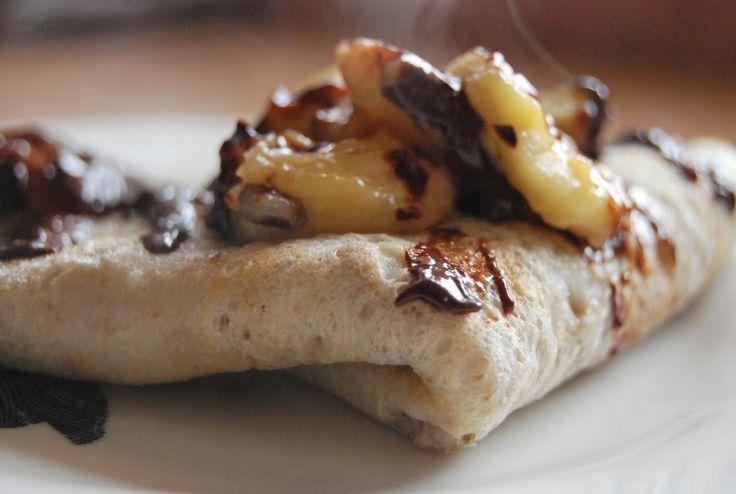 Crepe glutenfree con banana caramellata e cioccolato fondente