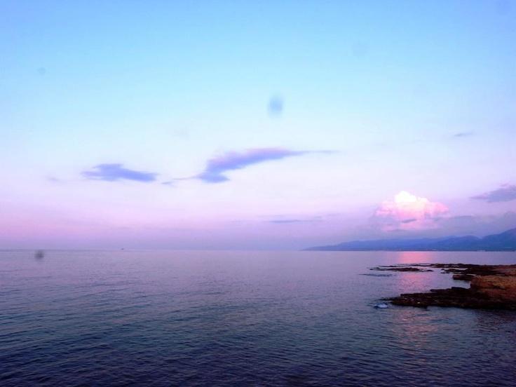 讓人無法不愛上.....克里特的紫米天空!!!! — at Hersonissos Palace, Crete, Greek Island.